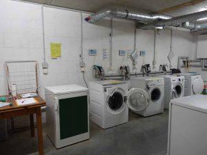 Blick in Waschmaschinenraum