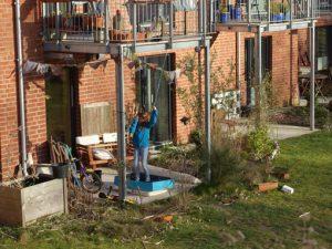Sport auf der Terrasse in Quarantänezeiten