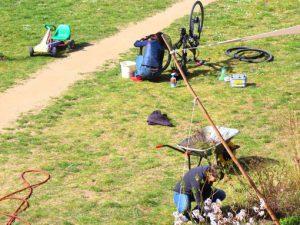 Wartungsarbeiten im Garten