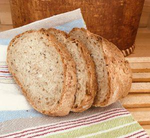 Ein selbstgebackenes Hildegard-Brot